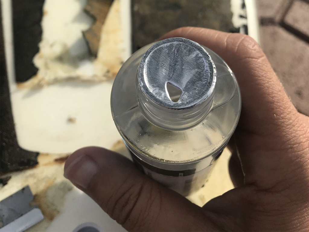 Surfboard Traction Pad Removal - Wax Remover Tip